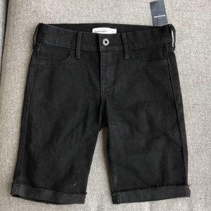 NWT Abercrombie Kids black denim shorts w/stretch